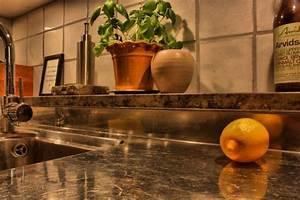 Silber Reinigen Natron : sie stellt ein glas natron in den k hlschrank das ergebnis macht jede hausfrau dankbar ~ Markanthonyermac.com Haus und Dekorationen