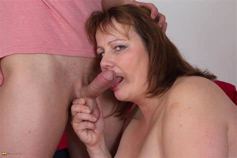 Having Her Toy In The Gloryhole