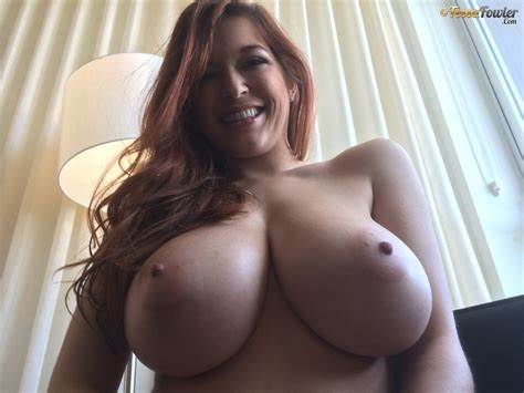 Selfies Large Titted Redhead