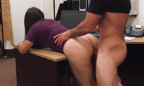 Mature Fuck In Pawn Shop