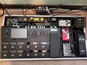 Flat Pedalboard With Riser