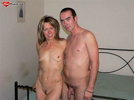 Teen Posing Nude Guys