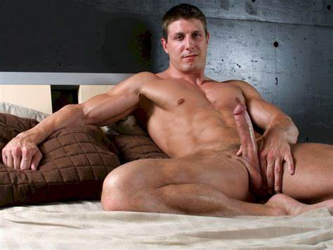 Savouring Studs Huge Cock Hunk With Huge Bbc