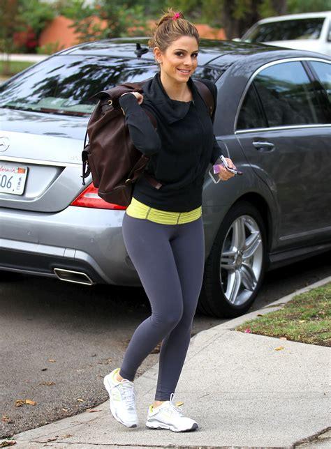maria menounos  tights arriving   gym  los angeles