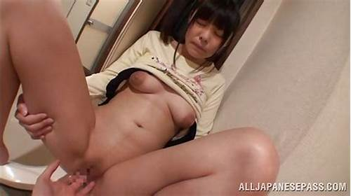 Gorgeous Asian Moans With Cunt Porn