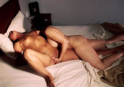 Couple Gorgeous Lesbians Game With Toys And