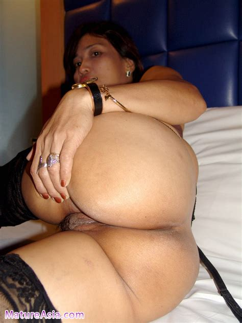<a href='http://www.sluts-asia.com/Tgp/0612/Kate/maturemaleporn.html'' target='_blank'> 44 year old mature asian for porn video and pics</a>