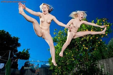 On Trampolenes Nude Teens