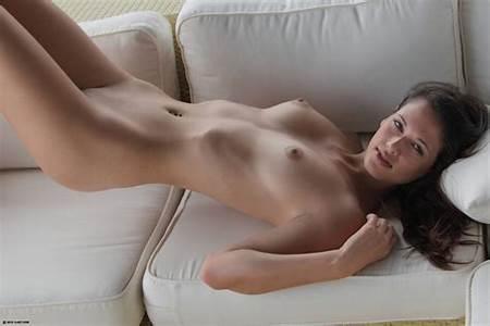 2 Teenart Nude