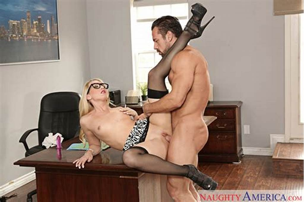 #Aj #Applegate #& #Johnny #Castle #In #Naughty #Office