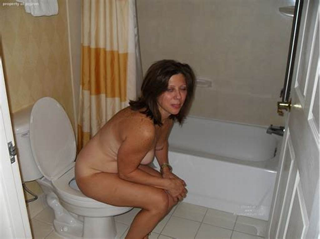 #Mature #Women #On #The #Toilet #38
