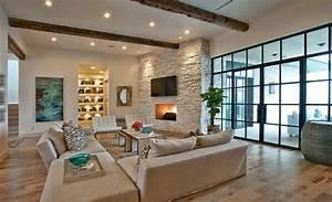 Steinwand Wohnzimmer Tv : modernes wohnzimmer landhausstil rustikal beige sofa set decken leuchten steinwand wohnzimmer ~ Bigdaddyawards.com Haus und Dekorationen