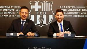 Messi Signs New Contract Through 2021