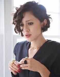 Carré Plongeant Long Bouclé : carr plongeant boucl colorations cheveux pinterest ~ Melissatoandfro.com Idées de Décoration