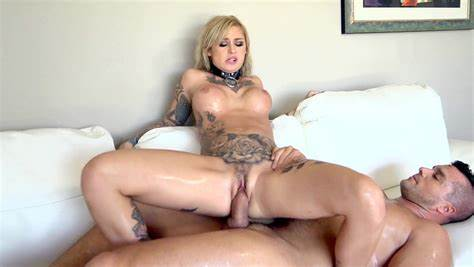 Bonny Lady With Massive Ass Fucks Rammed