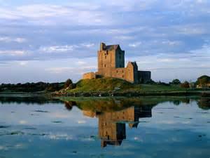 アイルランド:デューングラ城(アイルランド ...