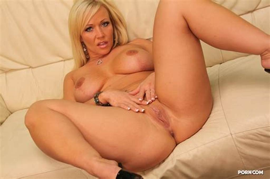 #Lewd #Mature #With #Big #Bubble #Butt #Vannah #Sterling #Blows #And