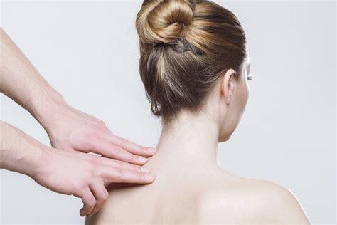 Speciālisti iesaka, kā pareizi rūpēties par muguras ...