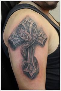 Tatouage Homme Croix : tatouage croix epaule zenika ~ Melissatoandfro.com Idées de Décoration