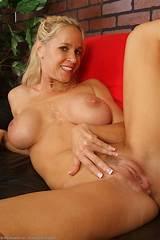 Milf mature cougar free nude women