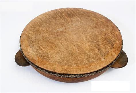 Kenong adalah alat musik melodis tradisional yang berasal dari jawa. Gambar Alat Musik Yang Cara Memainkannya Dipukul / Contoh Alat Musik Ritmis Pengertian Fungsi ...