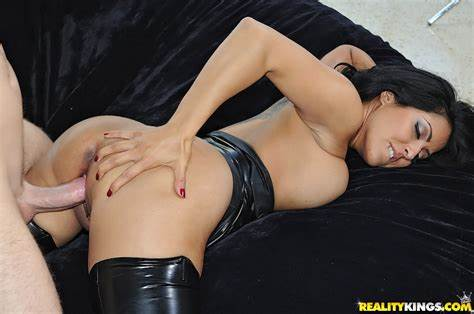 Japanese Girl Poses In Her Tasty Leather