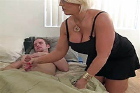 Violet Hairy Stepmom Jerking In Corset Soapy Cougar Babysitter Wakes Bf Up With A Fondles