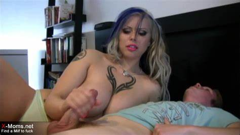 Violet Hairy Stepmom Jerking In Corset Showing Xxx Images For Boob Bra Footjob Gif