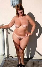 Older plump naked women