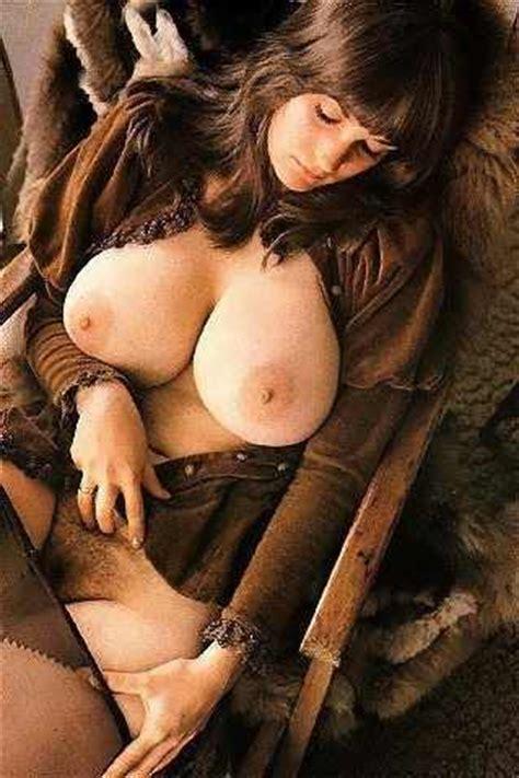 vintage busty nudes