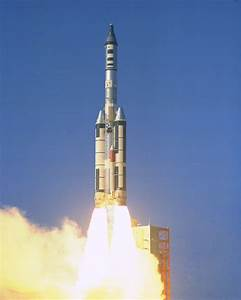 What's this tank on the Titan IIIC SRB? - Science ...