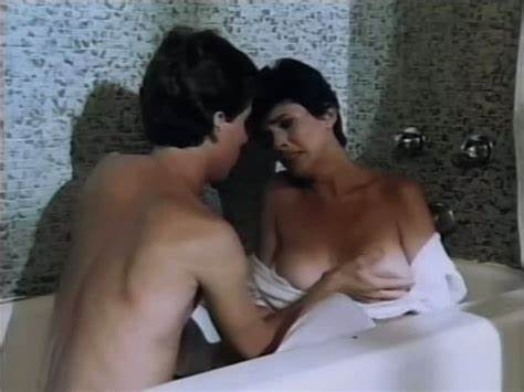 Classic American Sex Video With Lots Of Incest