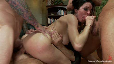 Super Penetration With A Pretty Playgirl veronica avluv