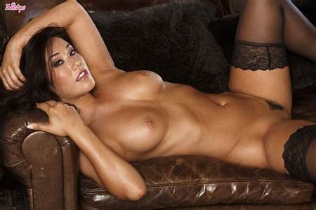 Teeneva Nude