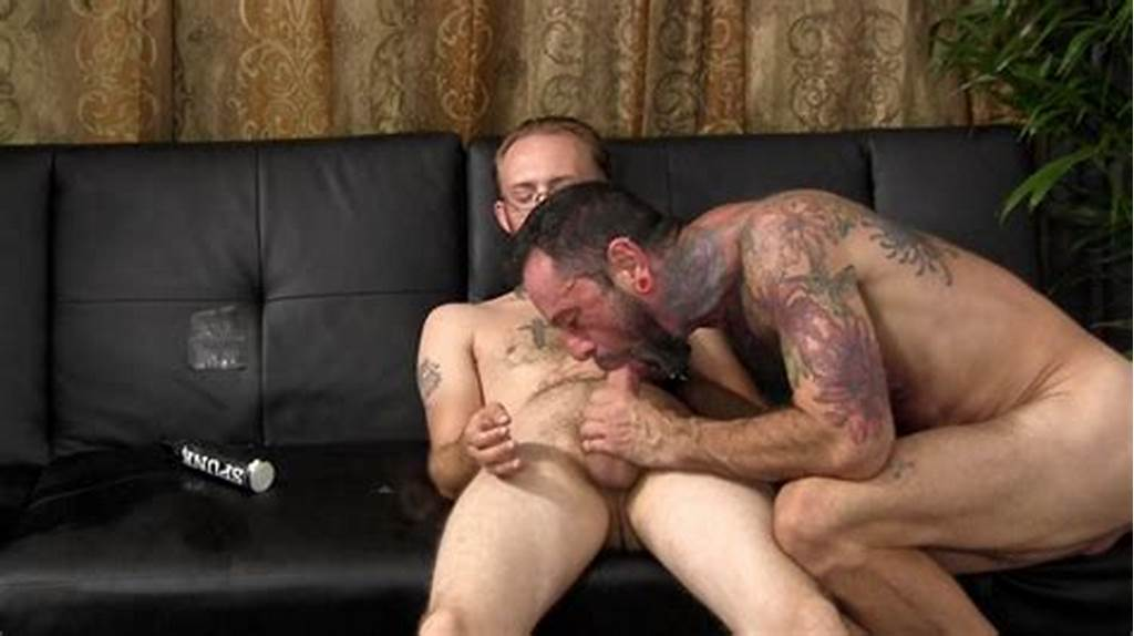 #Straight #Young #Dude #Dee #Fucks #Older #Man #Franco'S #Tight