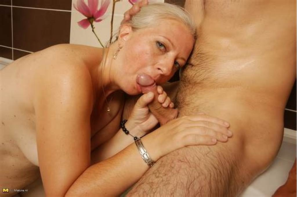 #Horny #Mature #Slut #Fucking #A #Younger #Dude