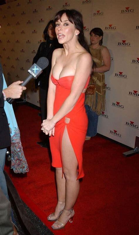 foto de Jennifer Love Hewitt Bra Size and Body Measurements