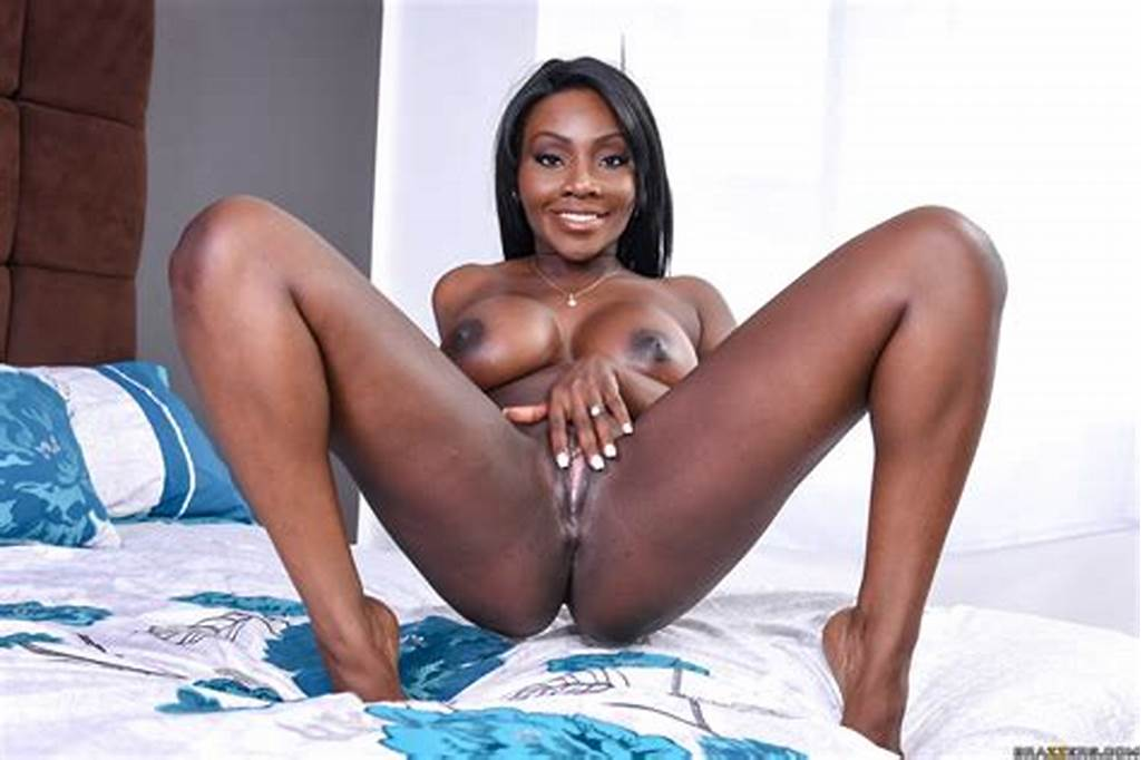 #Ebony #Girls #Are #Proudly #Showing #Their #Tits #Photos