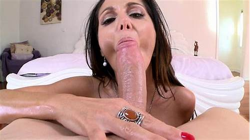Sweet Pornstar Does Her Tastes Time Deepthroat Porn