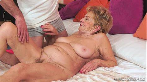 Kinky Licking Men Off Dark Old Granny Malya Enjoying Large Bals
