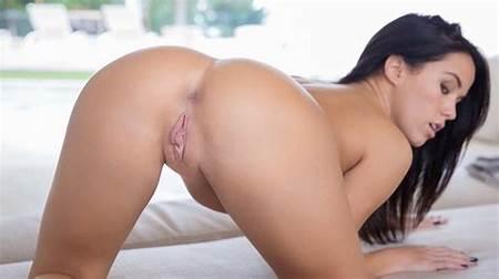 Megan Nude Teen