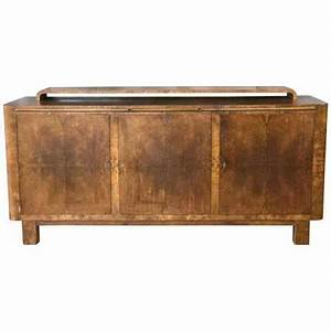 Substantial German Art Deco Buffet In Finely Figured