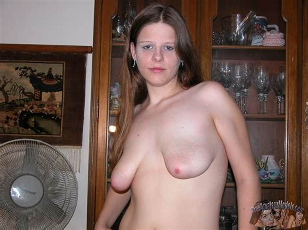 #Saggy #Tits #On #A #Teen #Cutie #> #Amateurporn