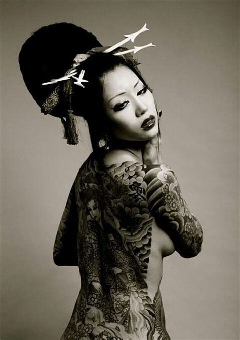 foto de Japan jakuza Geisha tattoo design Girl tattoos Yakuza girl