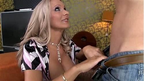 Mellow Tits Newbie Is Blowjob My Penis #Extremely #Sexy #Blond #Mom #Gives #A #Steamy #Blowjob #To