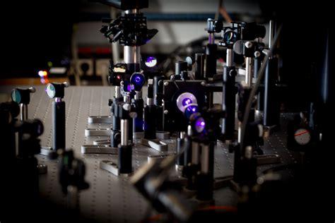 Optical Spectroscopy - Department of Complex Matter