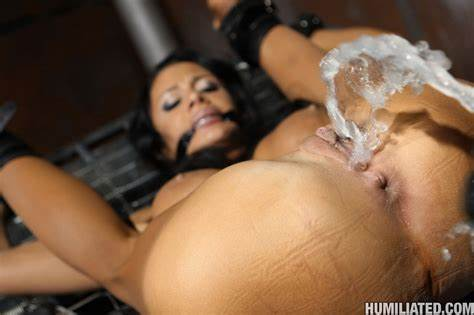Squirts Lesbos Playtime During Several Stranded Xxx Exotic