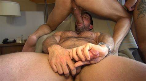 Young Hunk Chad Brock Pounding His Rough Dick Sucked