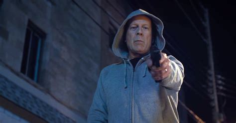 Paul kersey (bruce willis) is a surgeon who only sees the aftermath of chicago violence when it is rushed in. Death Wish 2018 - English Movie in Abu Dhabi - Abu Dhabi - Information Portal