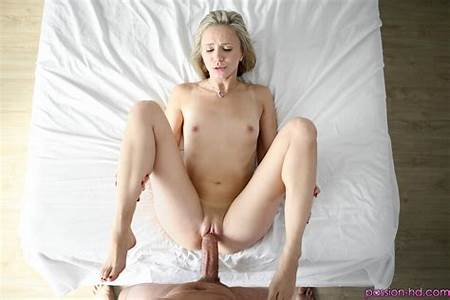 Teeny Blondes Nude
